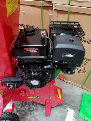 "New 15HP Gas Powered Chipper 4"" w/ Mulch"