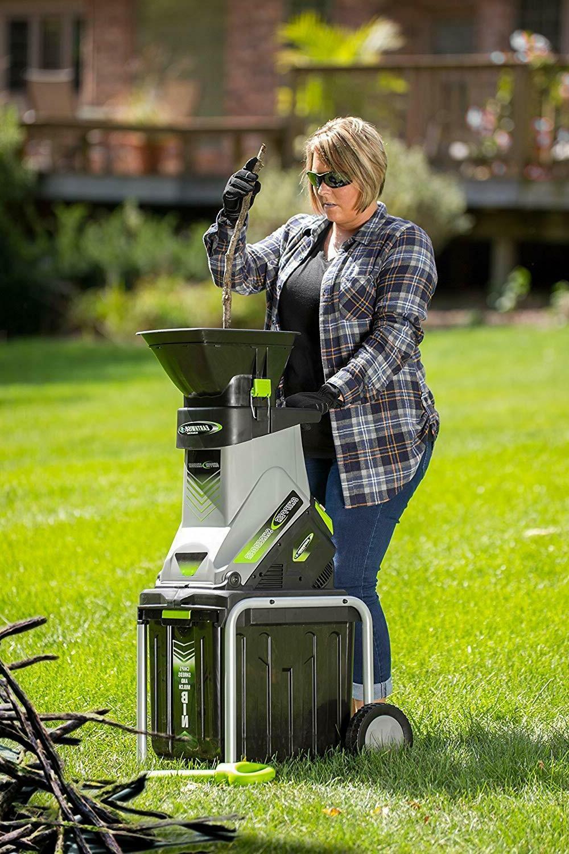 Electric Garden Wood Chipper Shredder Mulcher 15-Amp  With C